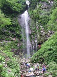 霧ヶ滝トレッキング~ひょうご秘境の渓谷・紅葉を楽しもう~